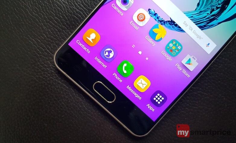 Samsung Galaxy A7 lower end