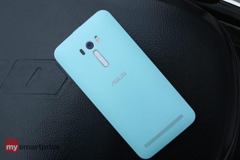 asus_zenfone-selfie_review_volumerockers