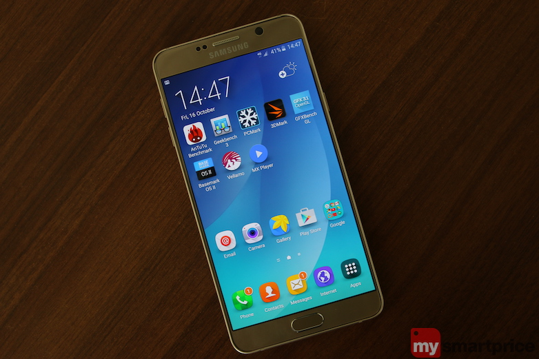 Samsung Galaxy Note5 Review - Design 1