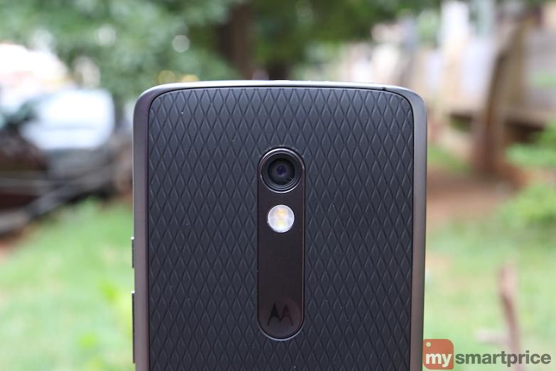 Motorola_Moto_X_Play_Review_Hardware2